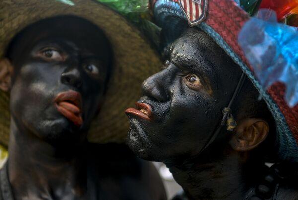 Участники Карнавала в Барранкилье, Колумбия
