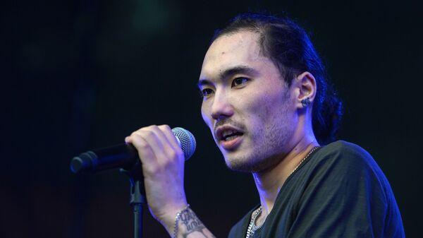 Казахстанский рэп-исполнитель Адиль Скриптонит Жалелов