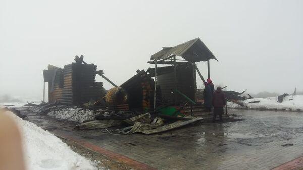 Сгоревший храм Архистратига Михаила в селе Кочетовка