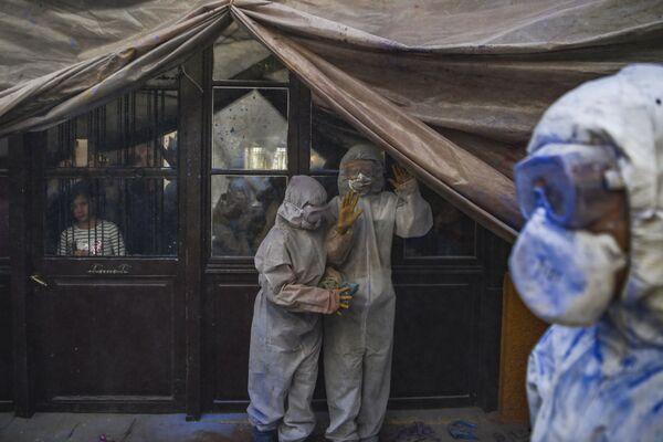 Мучная война в городе Галаксиди, Греция