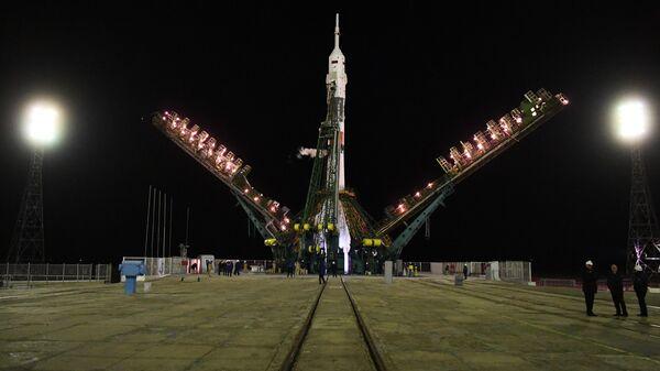 Ракета-носитель Союз-ФГ с пилотируемым кораблем Союз МС-12 на стартовом столе первой Гагаринской стартовой площадки космодрома Байконур. 14 марта 2019