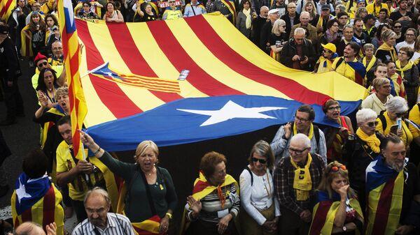 Участники акции в поддержку независимости Каталонии в Мадриде