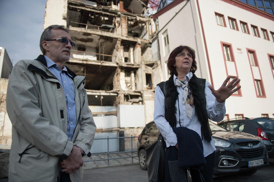 Редактор новостей в телецентре Душан Убович и Елена Дубаич