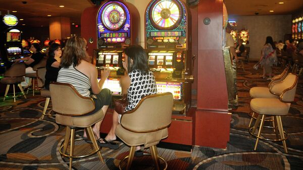 Игровые аппараты в одном из казино Лас-Вегаса, США