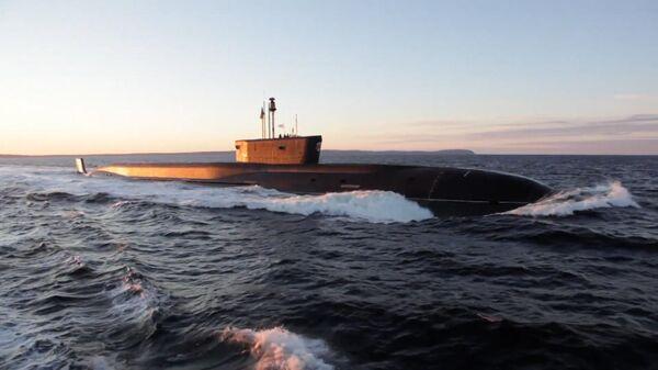 Кадры испытаний подводного ракетоносца типа Борей