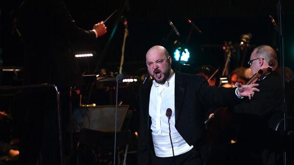 Российский оперный певец Владислав Сулимский