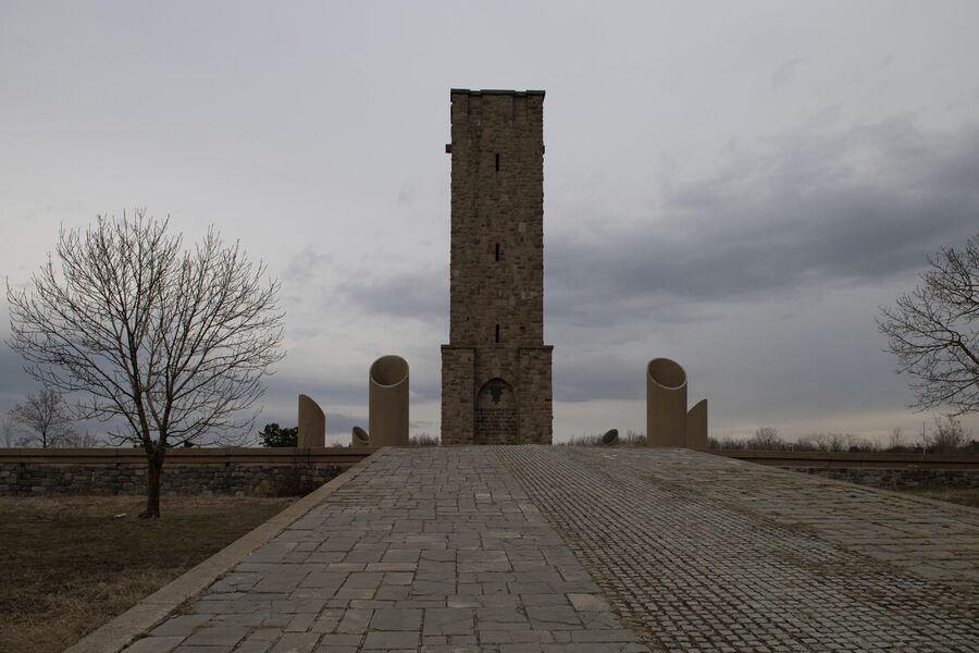 Косово. Мемориал на Косовом поле