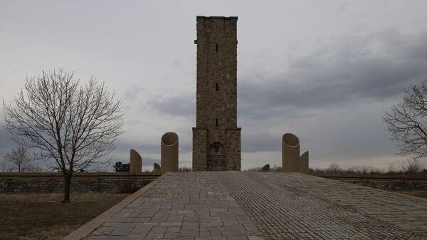 Сербы отмечают годовщину исторического боя на Косовом поле под Приштиной