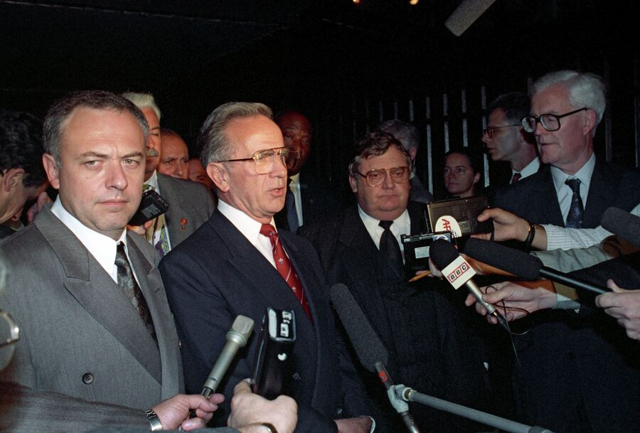 Андрей Козырев на встрече пятерки - постоянных членов Совета Безопасности ООН на министерском уровне. 21 сентября 1992