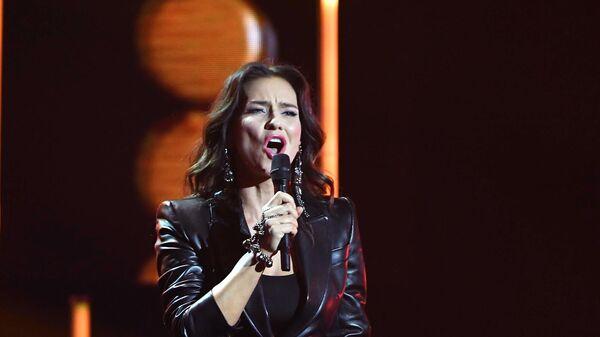 Певица Елена Север во время церемонии вручения музыкальной премии BraVo в Москве
