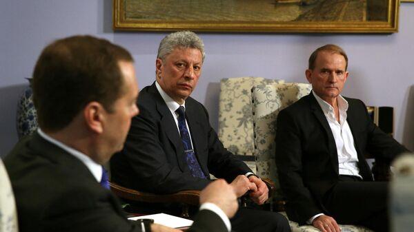 Кандидат в президенты Украины обсудил транзит газа в Москве