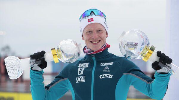 Норвежский биатлонист Йоханнес Бё, выигравший все малые Хрустальные глобусы и общий зачет Кубка мира в сезоне-2018/19