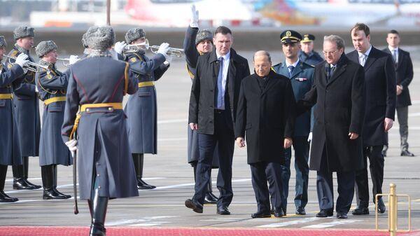 Президент Ливана Мишель Аун, прибывший в Москву с официальным визитом, во время церемонии встречи в аэропорту Внуково-2. 25 марта 2019
