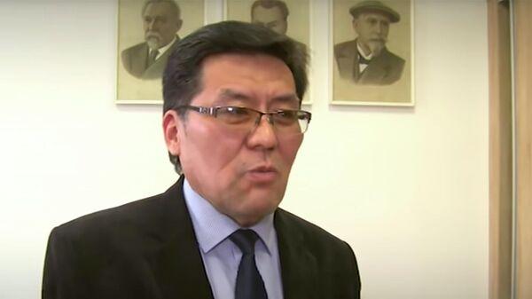 Директор Бурятского научно-исследовательского института сельского хозяйства (БУРНИИСХ) Лубсан Будажапов