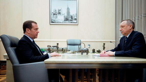 Председатель правительства РФ Дмитрий Медведев и врио губернатора Санкт-Петербурга Александр Беглов во время встречи. 27 марта 2019