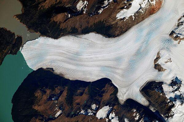 Ледник Перито-Морено, расположенный на территории национального парка Лос-Гласиарес в Патагонии (Южная Америка)