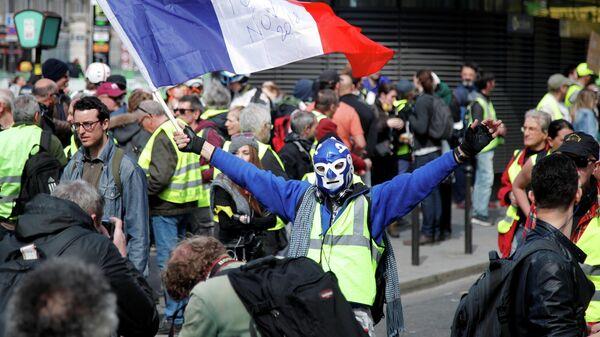 20-й эпизод протестов  движения желтые жилеты в Париже, Франция. 30 марта 2019