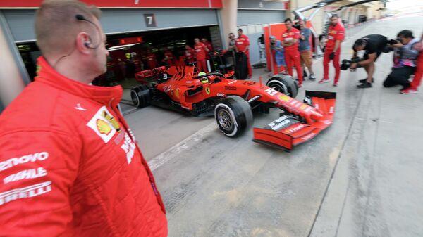 Мик Шумахер за рулем болида Феррари