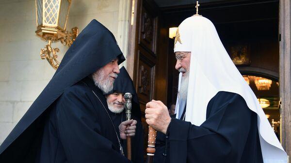 Патриарх Московский и всея Руси Кирилл и верховный патриарх и католикос всех армян Гарегин II