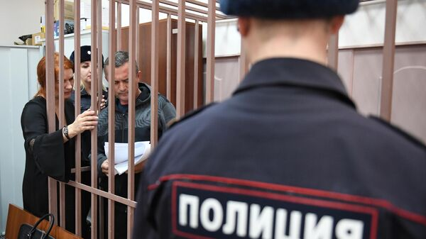 Бывший генеральный директор компании Региональные электрические сети Сергей Ильичев, обвиняемый в хищении 4 миллиардов рублей, на заседании суда.