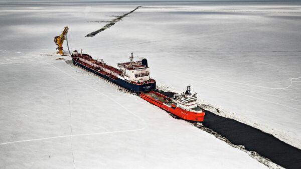 2йиз 6 танкеров класса Arc7 - Штурман Малыгин