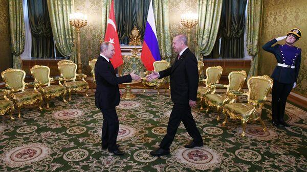 Президент РФ Владимир Путин и президент Турции Реджеп Тайип Эрдоган во время встречи. 8 апреля 2019