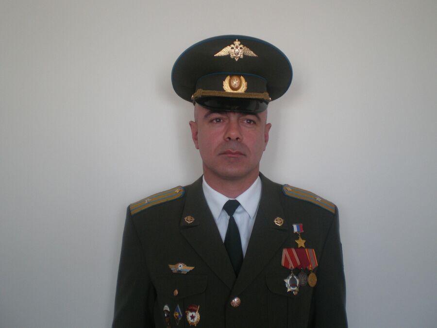 Герой России Эдуард Цеев