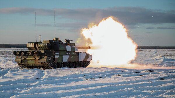 Залп из танка армии Франции