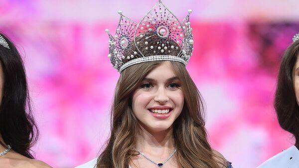 Чья-то девка с пастью акулы: новую Мисс Россия затравили в интернете