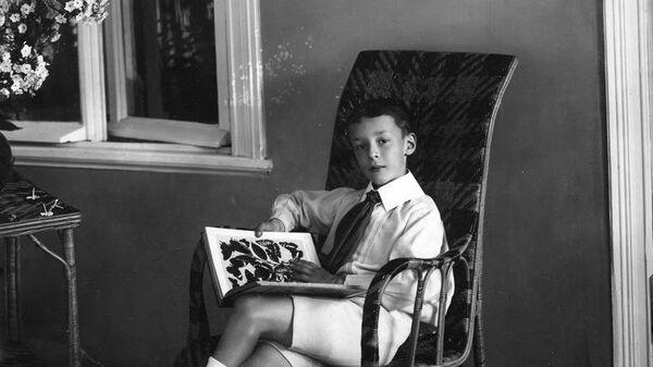 Детская фотография писателя Владимира Владимировича Набокова