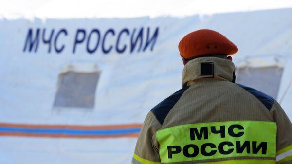 На юге Москвы провалился грунт возле жилого дома
