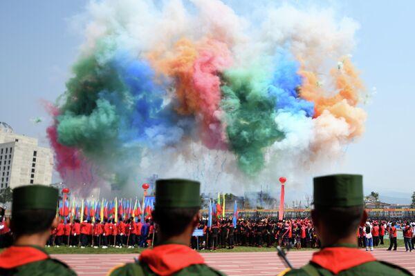 Во время военного парада в Панкане, Мьянма