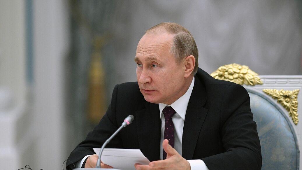 Россия набрала высокий темп обновления корабельного состава, заявил Путин
