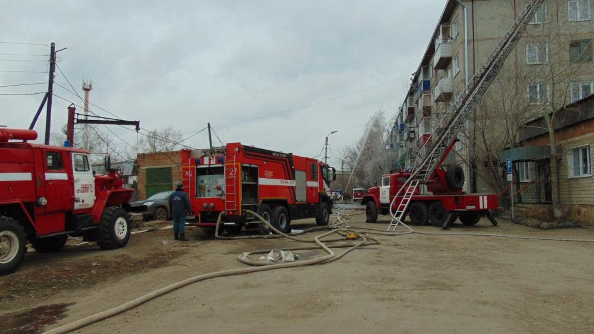 Пожар в жилом доме в городе Канске, Красноярского края. 19 апреля 2019 - РИА Новости, 1920, 05.04.2021