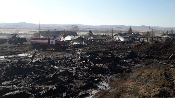 Врио губернатора Забайкалья посетил пострадавших от природных пожаров