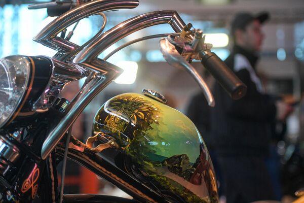 Мотоцикл, представленный на Международном мотосалоне IMIS в Санкт-Петербурге