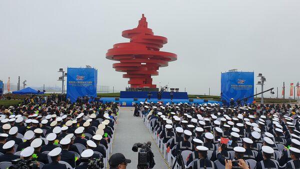 Выступление военных оркестров в Циндао, Китай