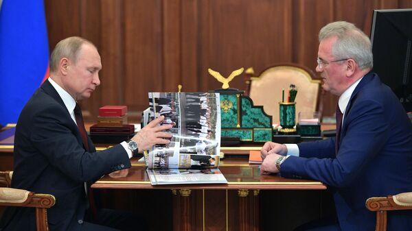 Путин пожелал Белозерцеву успехов на выборах главы Пензенской области