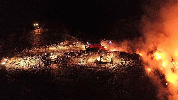 Ликвидация пожара на полигоне ТБО Сабурово
