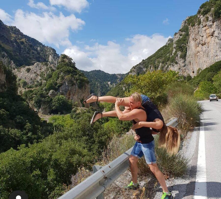 Греция. Вершина горы Тайгет. С женой Элен