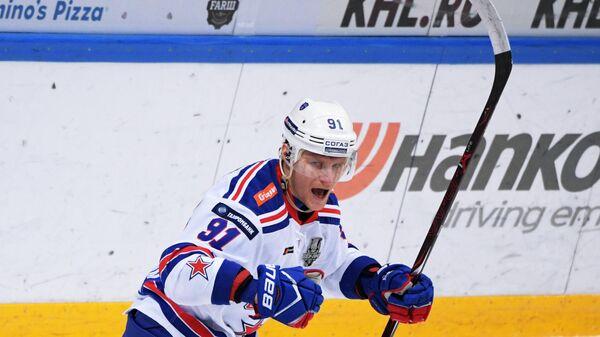 Максим Каропв