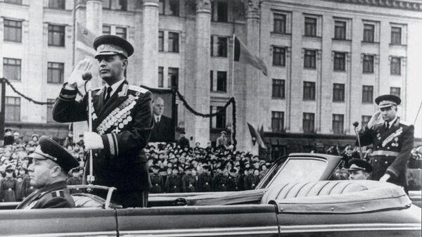 Командующий войсками Одесского военного округа генерал-полковник А.Х. Бабаджанян. Одесса, 1960-е гг