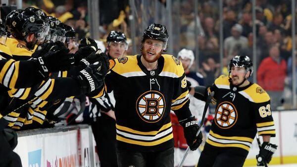 """""""Бостон"""" вышел вперед в серии плей-офф НХЛ против """"Коламбуса"""""""