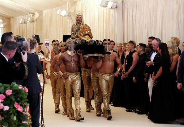 Актёр и певец Билли Портер на благотворительном балу Института костюма Met Gala 2019 в Нью-Йорке