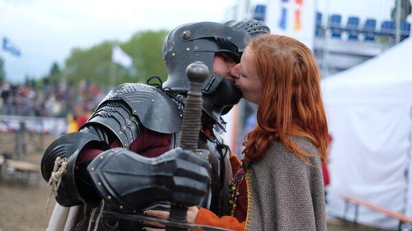 Участники чемпионата по историческому средневековому бою Битва наций