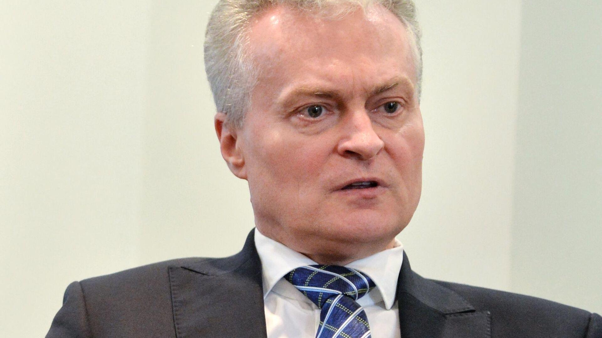 Кандидат в президенты Литвы, экономист Гитанас Науседа в своём избирательном штабе  - РИА Новости, 1920, 03.02.2021