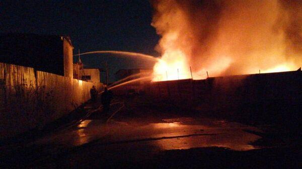 Крупный пожар на складе с ГСМ в Ленобласти