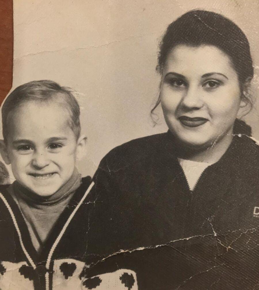 Иван Мишуков с родной тетей
