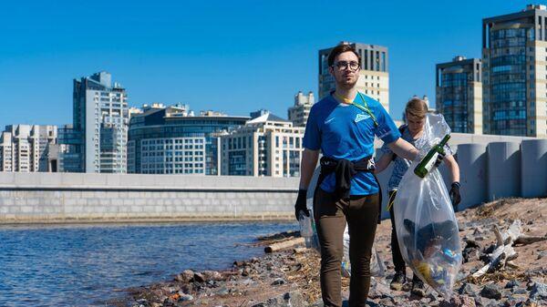 На Чистых Играх в Санкт-Петербурге за 1,5 часа собрали 15 тонн мусора