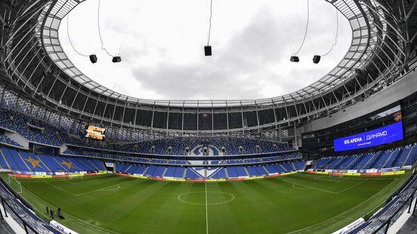 Футбольное поле на центральном стадионе Динамо